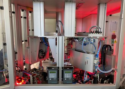 Dvojnásobný kompletační polo automat